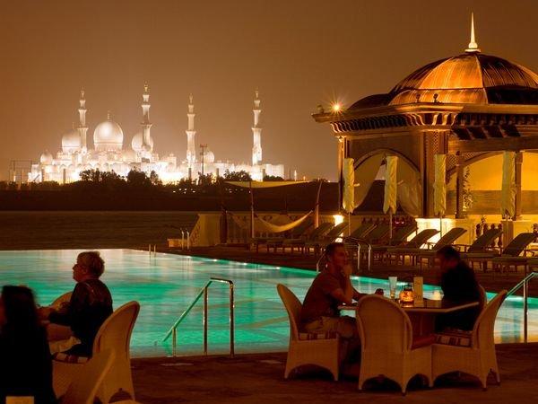 abu dhabi 03 10 Cool Things About Abu Dhabi