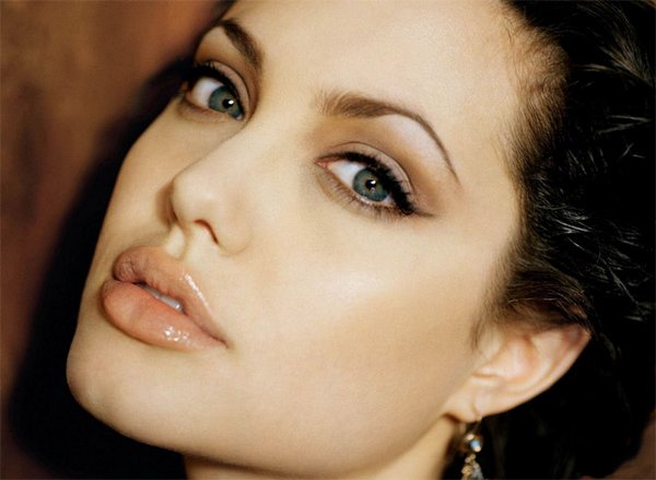 angelina jolie 16 Top 20 Best Photos of Angelina Jolie