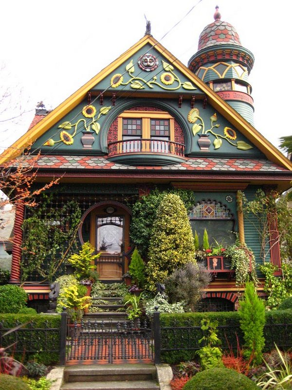 fairytales houses 16 Beautiful Fairy Tales House Designs