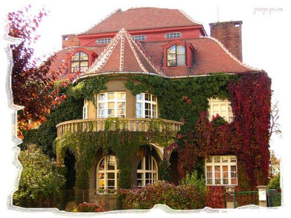 fairytales houses 20 Beautiful Fairy Tales House Designs