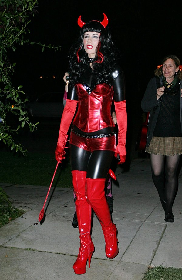 halloween 02 Best Celebrity Halloween Costumes
