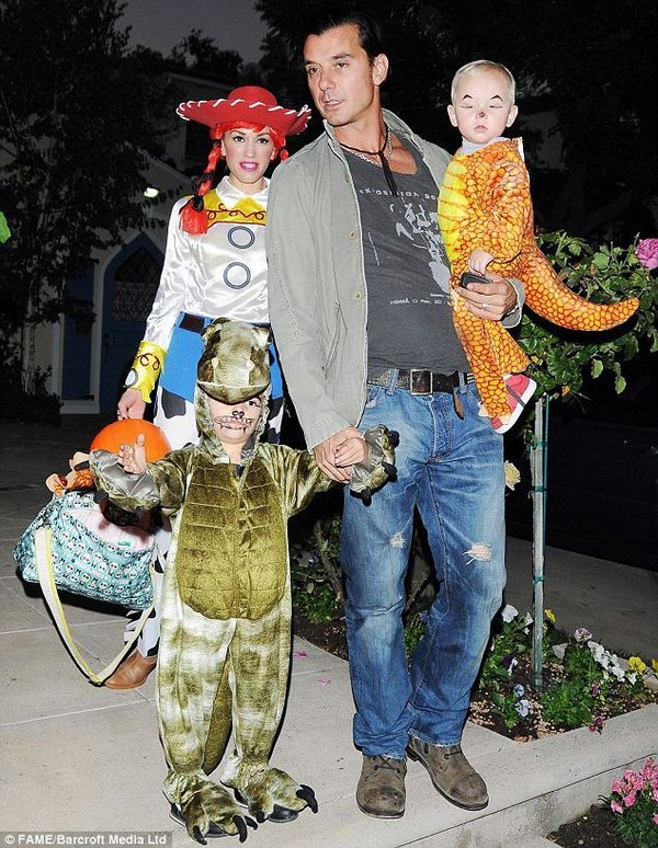 halloween 15 Best Celebrity Halloween Costumes
