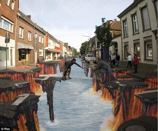 sidewalk artist 22 Extraordinary 3D Sidewalk Art Photos