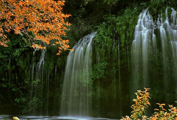 waterfall 09 Amazing Photos of Most Beautiful Waterfalls in The World