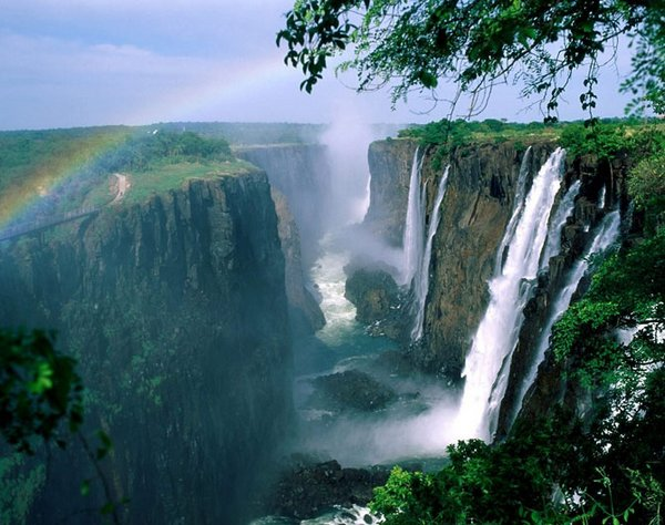 waterfall 19 Amazing Photos of Most Beautiful Waterfalls in The World