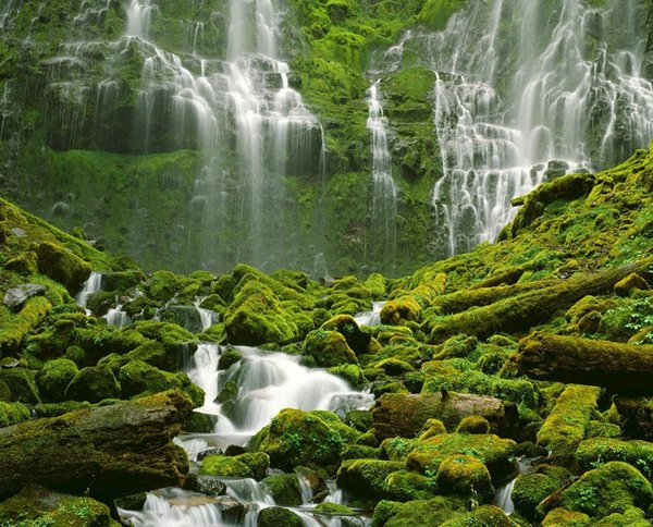 waterfall 23 Amazing Photos of Most Beautiful Waterfalls in The World