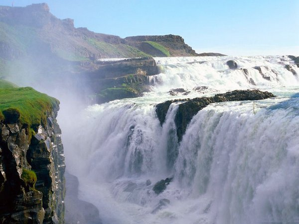 waterfall 26 Amazing Photos of Most Beautiful Waterfalls in The World