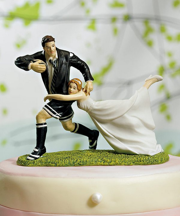 wedding cake 09 25 Funny Ways to Decorate Your Special Wedding Cake