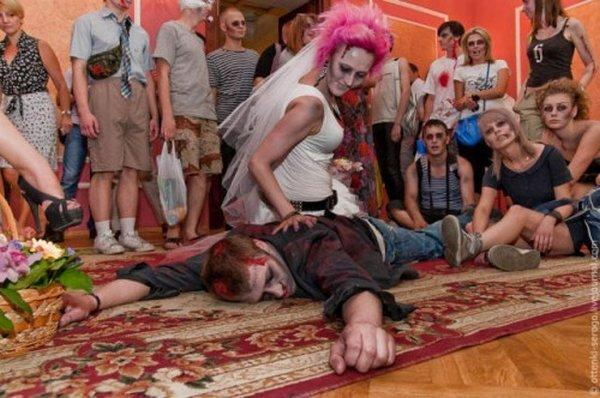 zombie 14 Zombie Wedding