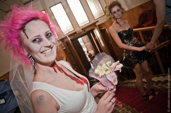 zombie 19 Zombie Wedding