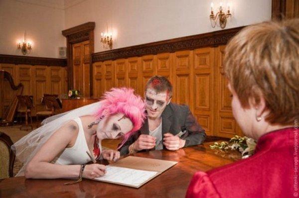 zombie 22 Zombie Wedding