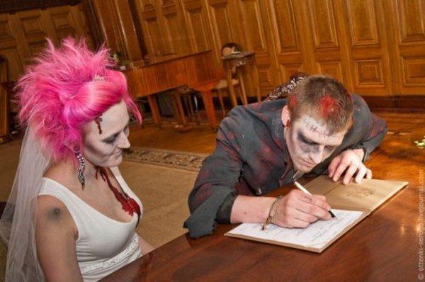 zombie 23 Zombie Wedding