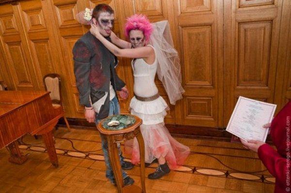 zombie 25 Zombie Wedding