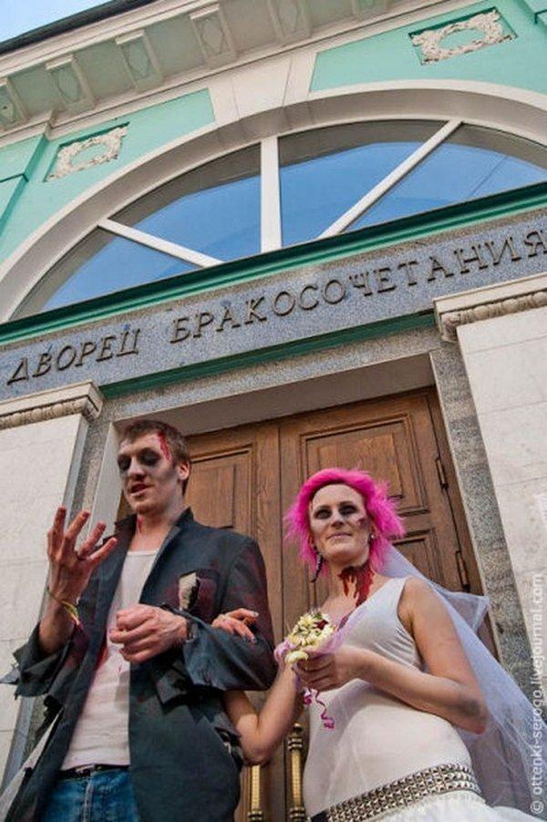 zombie 28 Zombie Wedding