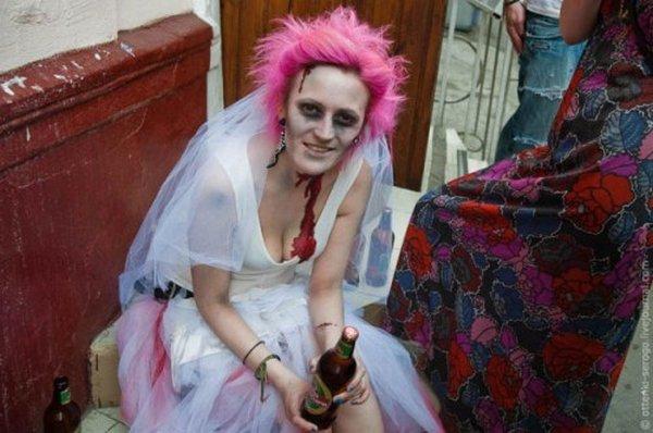 zombie 35 Zombie Wedding