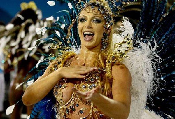 carnival rio de janeiro 02 Brazils Carnival Madness