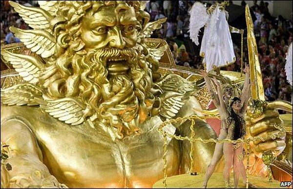 carnival rio de janeiro 03 Brazils Carnival Madness