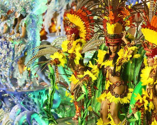 carnival rio de janeiro 06 Brazils Carnival Madness