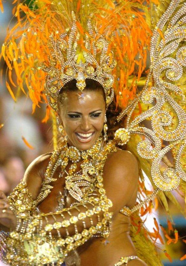carnival rio de janeiro 07 Brazils Carnival Madness