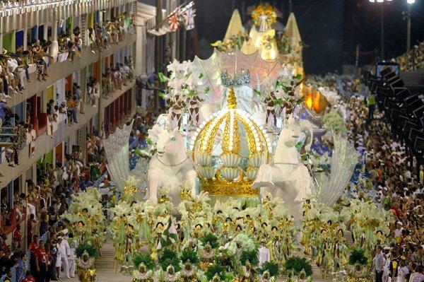 carnival rio de janeiro 14 Brazils Carnival Madness