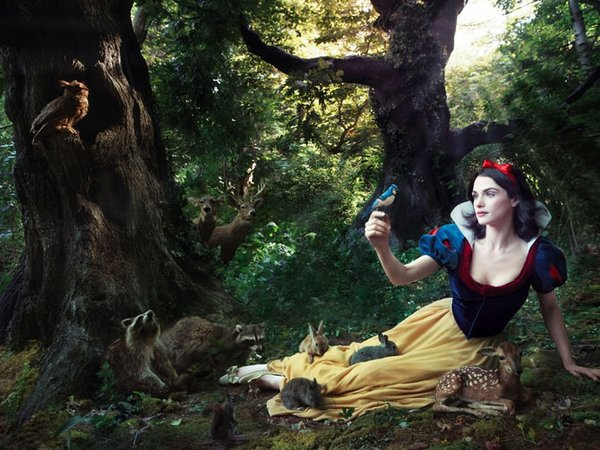 celebrities fairytales 02 Celebrity Fairy Tales by Annie Leibovitz