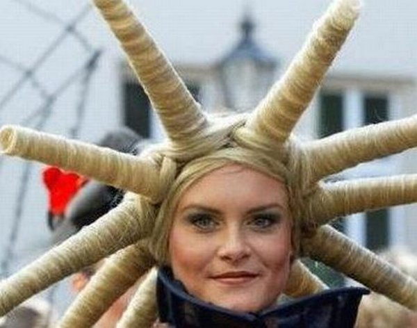 crazy hairstyles 12 30 Weird & Crazy Hairstyles Photos
