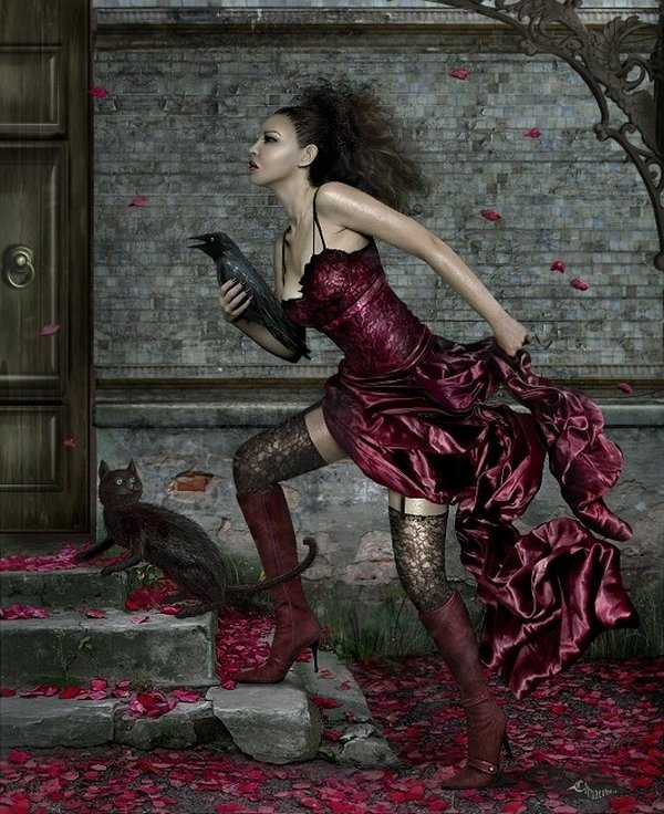 fairytale art by cornacchia 01 Grown up Fairytale Heroines by Cornacchia