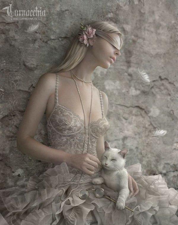 fairytale art by cornacchia 29 Grown up Fairytale Heroines by Cornacchia