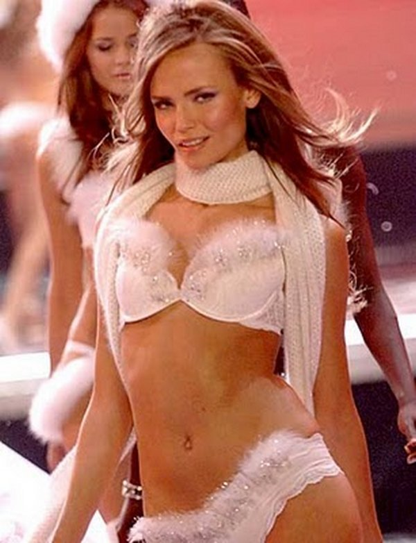 victoria secret models 21 The Most Beautiful Victorias Secret Angels
