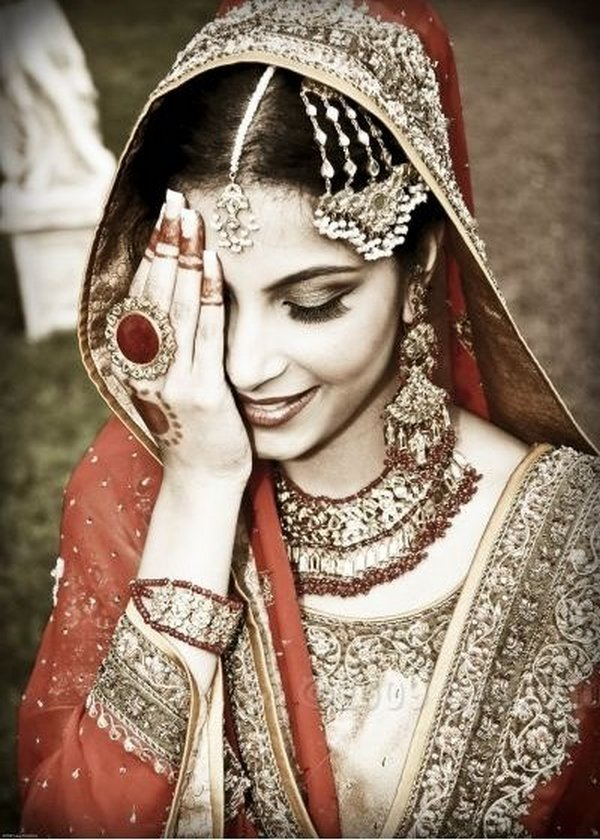 indian brides 21 Lovely & Gorgeous Beauty Of Indian Brides