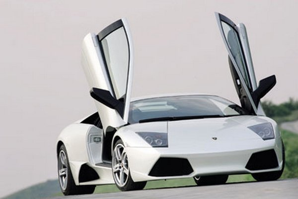sexiest cars 02 Top 10 Most Attractive Luxury Cars! What Is Your Favorite?