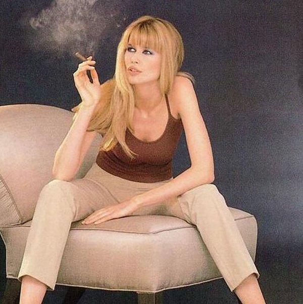 smoking women 12 Smoking Women: Hot Or Not?