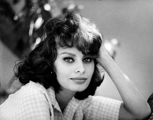beauties by people com 03 Top 35 Most Beautiful Hollywood Beauties Through The Decades By People.com