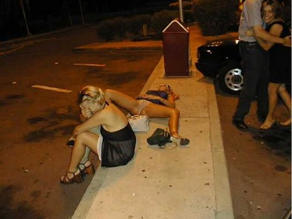 funniest drunk pranks 17 15 Funniest Drunk Pranks