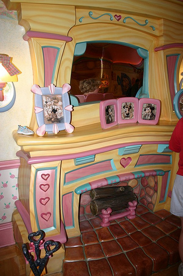 real house inspired by cartoons 06 10 Amazing Houses Inspired By Favorite Cartoons