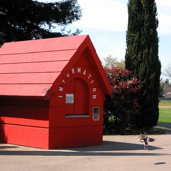real house inspired by cartoons 12 10 Amazing Houses Inspired By Favorite Cartoons