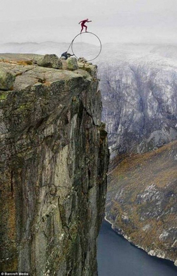12 Most Extreme Photos