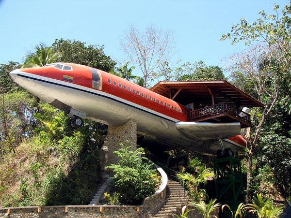 airplane hotel room 01 Amazing Airplane Hotel Room Conversion In Costa Rica