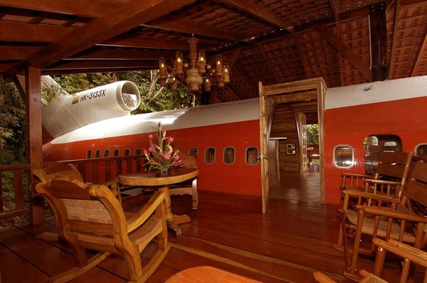 airplane hotel room 02 Amazing Airplane Hotel Room Conversion In Costa Rica