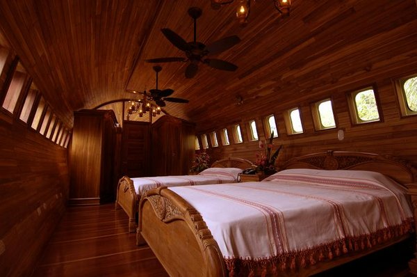 airplane hotel room 09 Amazing Airplane Hotel Room Conversion In Costa Rica
