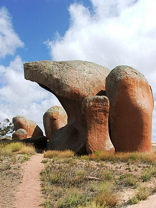 bizarre rock formations 09 13 Most Bizarre Rock Formations That Might Have Been Built By Ancient Aliens
