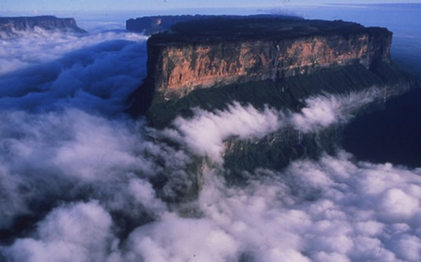 mount roraima venezuela 02 Mount Roraima: An Island Forgotten by Time