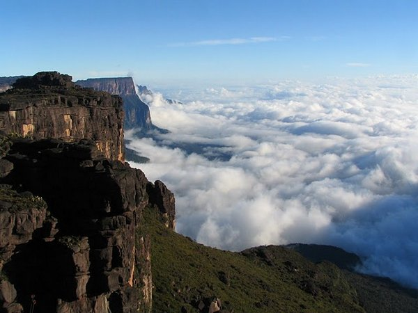 mount roraima venezuela 05 Mount Roraima: An Island Forgotten by Time