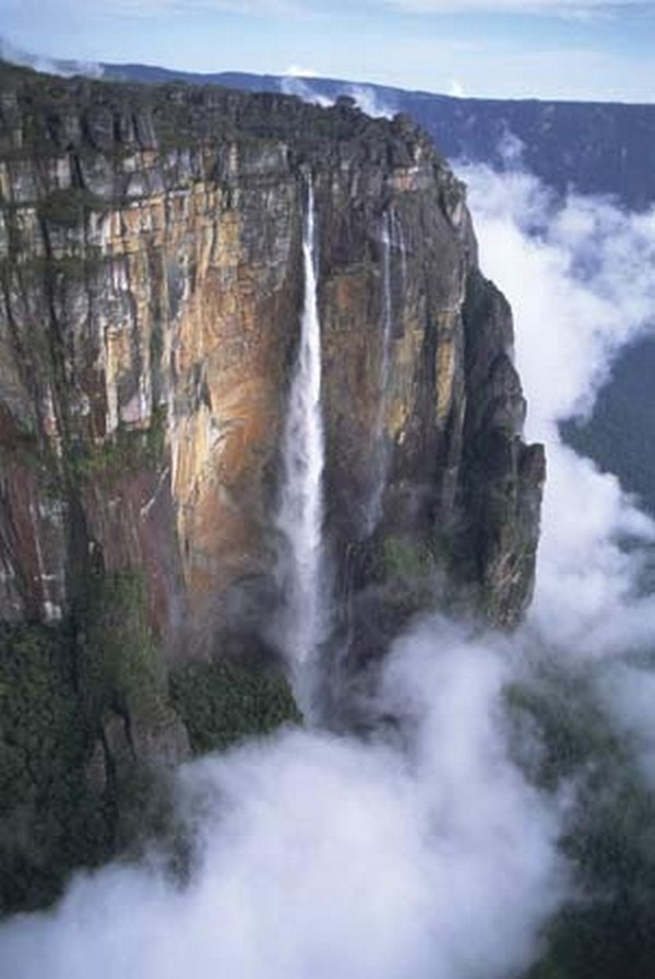 mount roraima venezuela 07 Mount Roraima: An Island Forgotten by Time