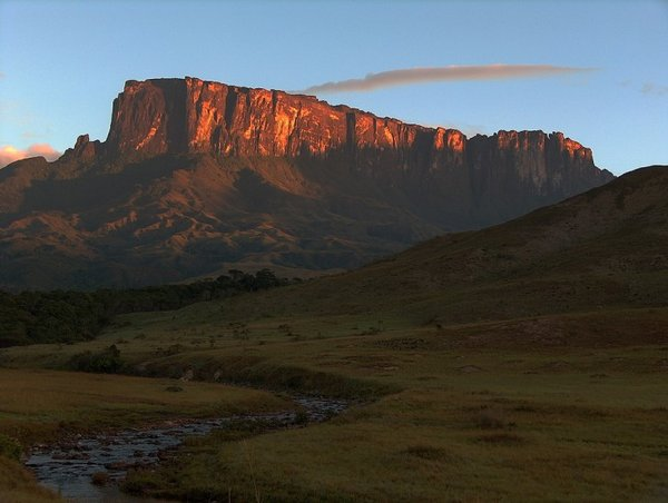 mount roraima venezuela 10 Mount Roraima: An Island Forgotten by Time