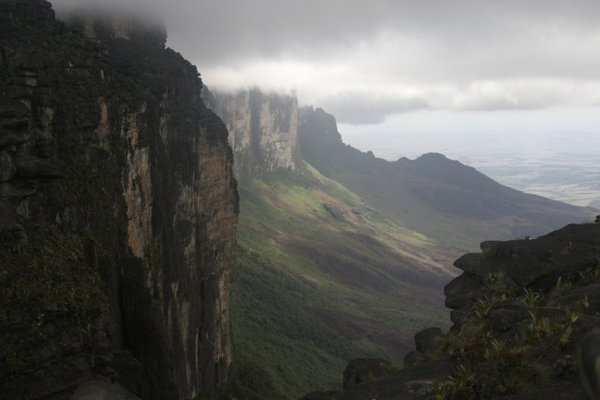 mount roraima venezuela 12 Mount Roraima: An Island Forgotten by Time