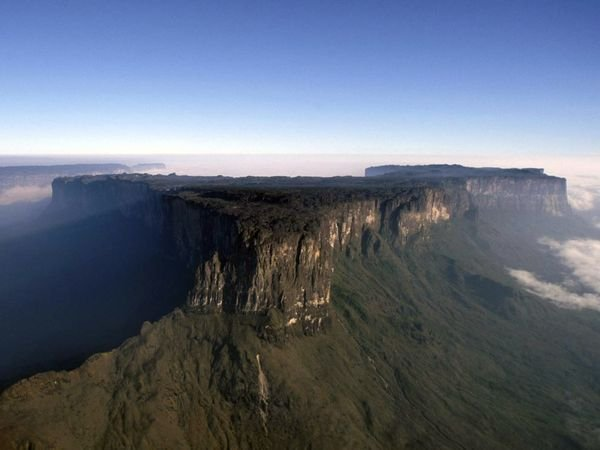 mount roraima venezuela 14 Mount Roraima: An Island Forgotten by Time