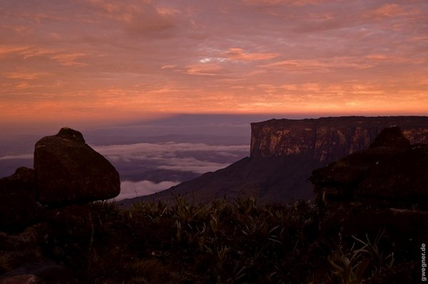mount roraima venezuela 16 Mount Roraima: An Island Forgotten by Time