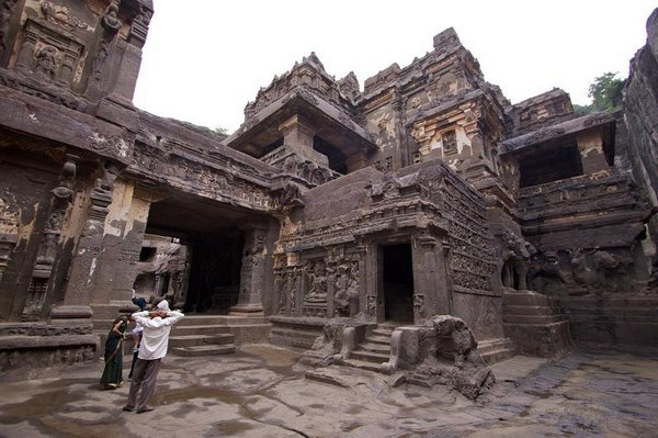 temples of india 02 Amazing Cliff Temples of India   The Ellora Caves