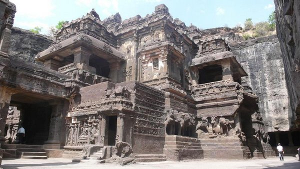 temples of india 04 Amazing Cliff Temples of India   The Ellora Caves
